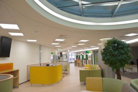 Светодиодное освещение банка от компании «LeaderLight»