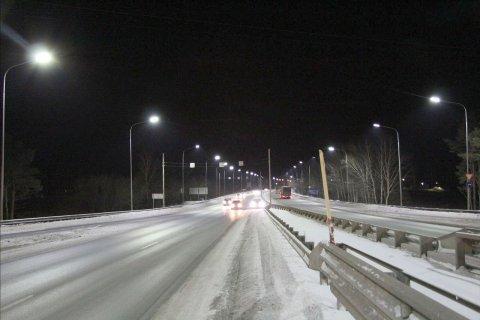 Светодиодное освещение моста