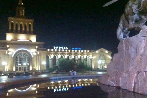 Светодиодное освещение ЖД вокзала г. Ереван